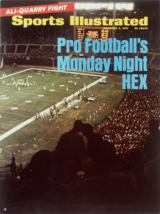 Monday Night Football... Sports Illustrated Cover Photograph by Sports Illustrated