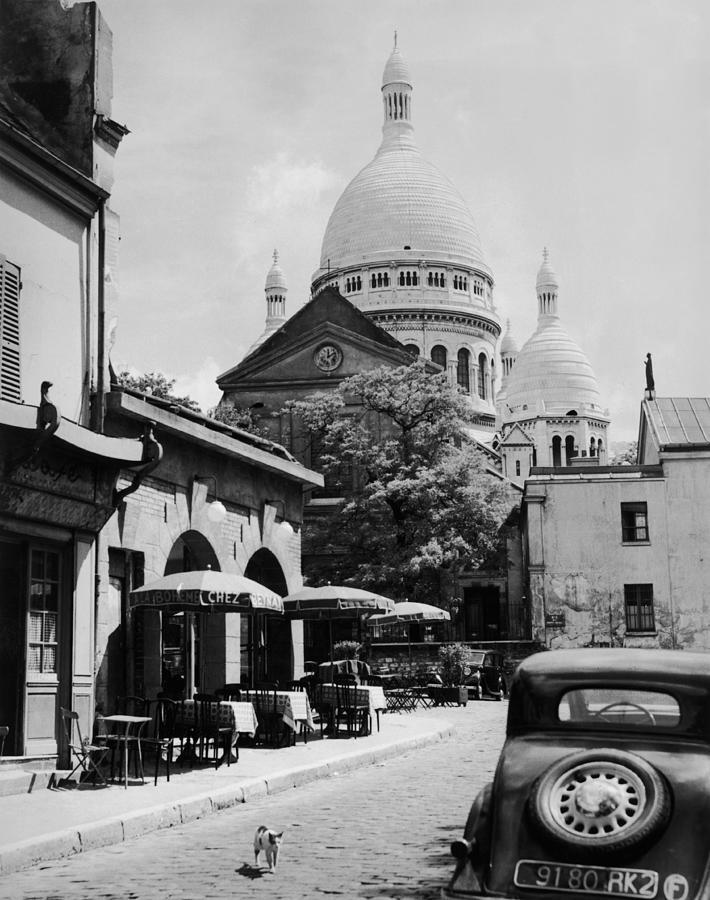 Montmartre Photograph by Fox Photos