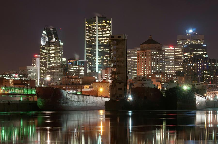 Tranquility Photograph - Montréal Port Et Centre Ville De Nuit by Philippe Dufag Photography