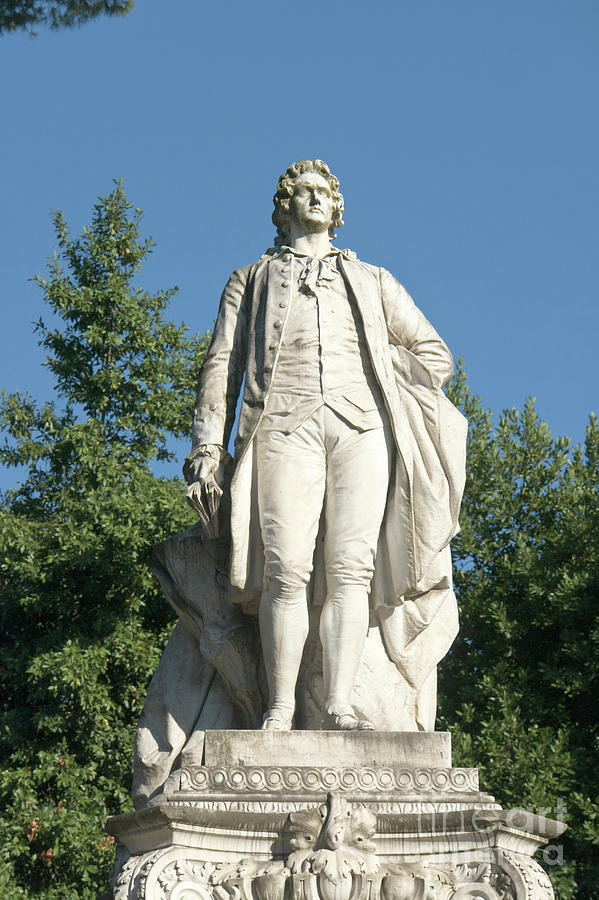 Monument to Goethe in Villa Borghese, Rome by Fabrizio Ruggeri