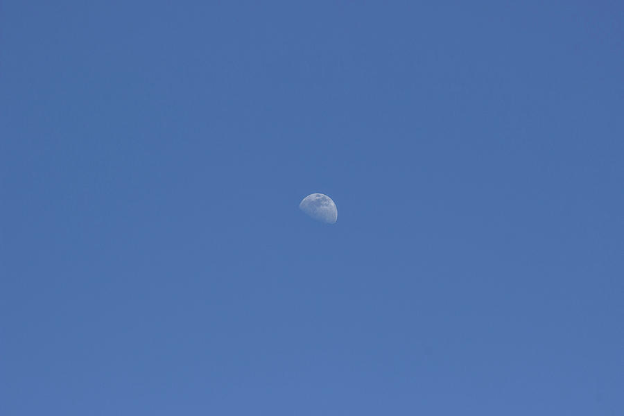 Moon in cloudless sky by Bob Duncan
