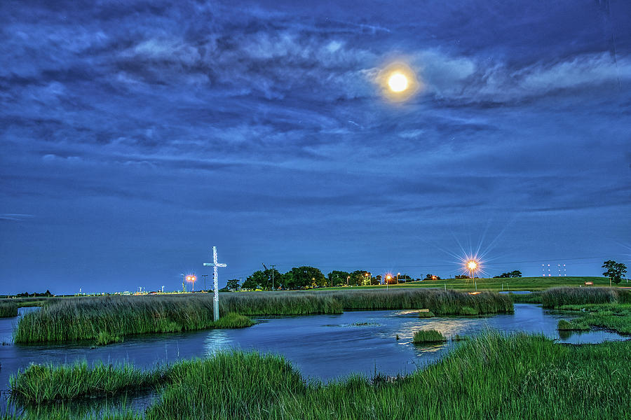 Moon Over the Marsh Cross by Jerry Gammon
