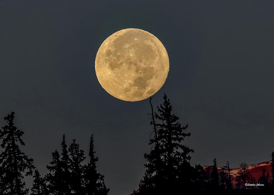 Moon Setting behind Swan Mountain by Stephen Johnson