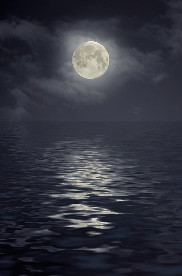 Moon Under Ocean Photograph by Andreyttl