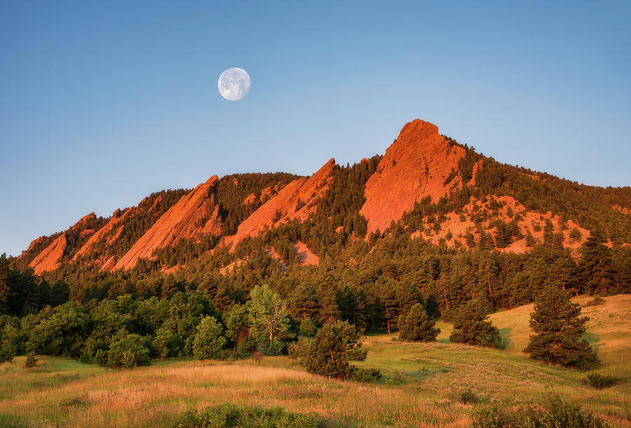 Moonset over the Flatirons by Darren White
