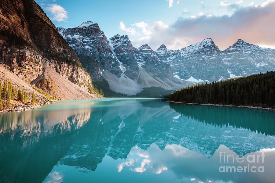 Moraine lake sunset, Banff, Canada by Matteo Colombo