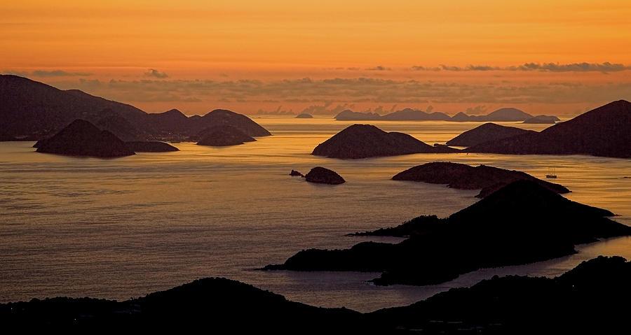 Morning Islands by Gary Felton