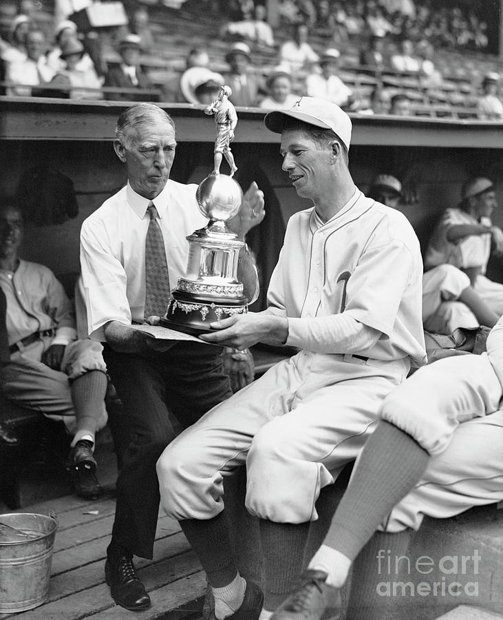 Moses Grove Shows Trophy To Connie Mack Photograph by Bettmann