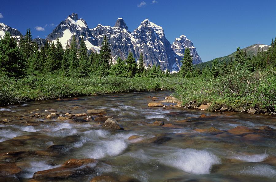 Mount Clitheroe, Jasper National Park Photograph by Design Pics/bilderbuch