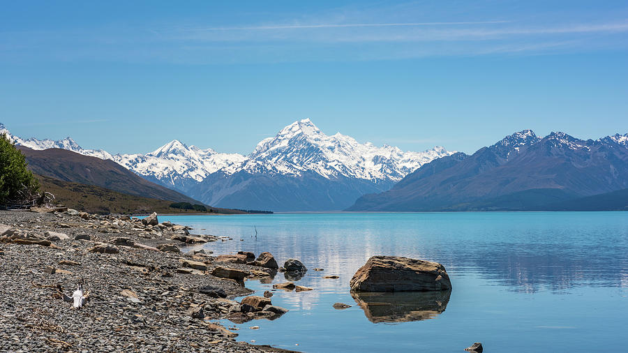 Mount Cook from Lake Pukaki by Racheal Christian