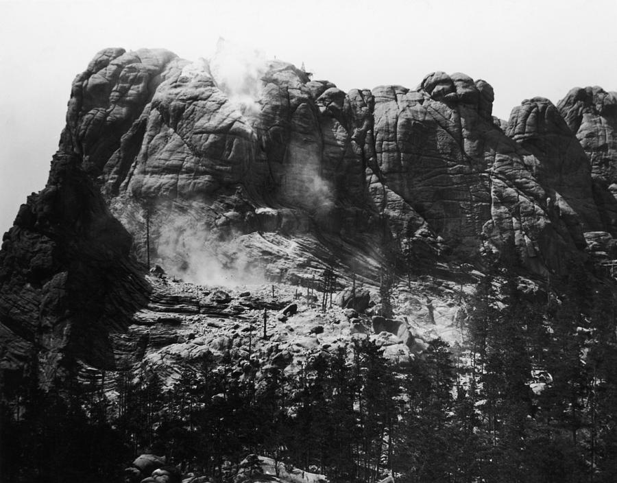 Mount Rushmore Photograph by Fpg