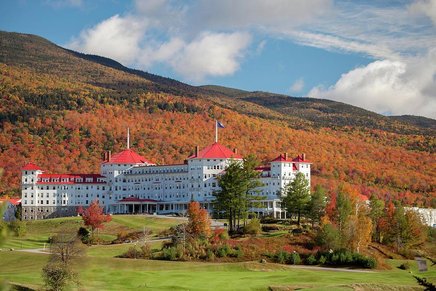 Mount Washington Resort in Fall by Cliff Wassmann