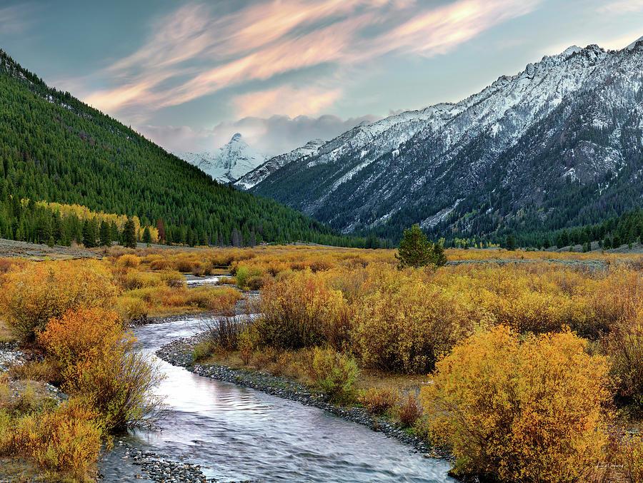 Altitude Photograph - Mountain Grandeur by Leland D Howard