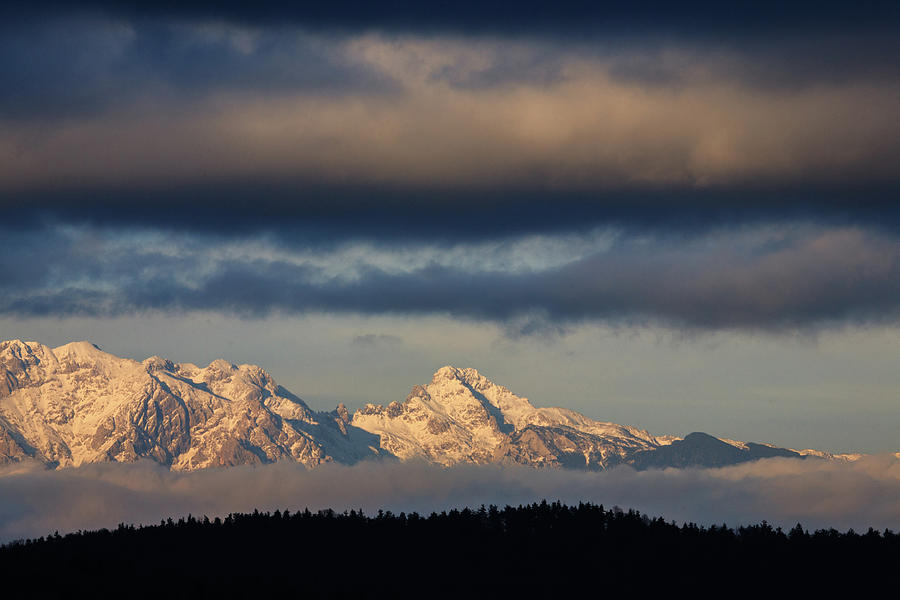 Mountain peaks, Kamnik Alps, Slovenia. by Ian Middleton