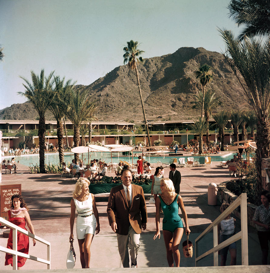 Mountain Shadows Resort Photograph by Slim Aarons