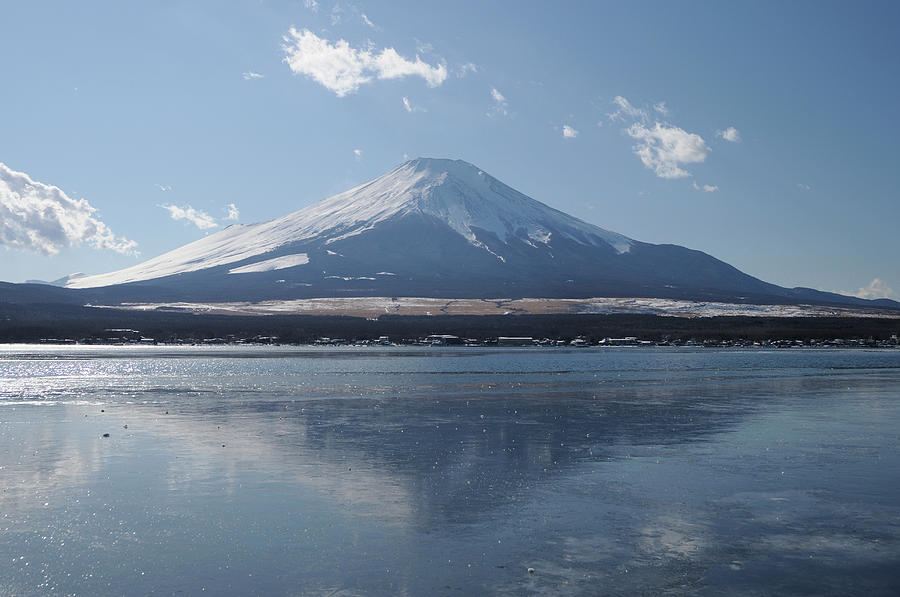 Mt. Fuji And Lake Yamanaka In Winter Photograph by Toyofumi Mori