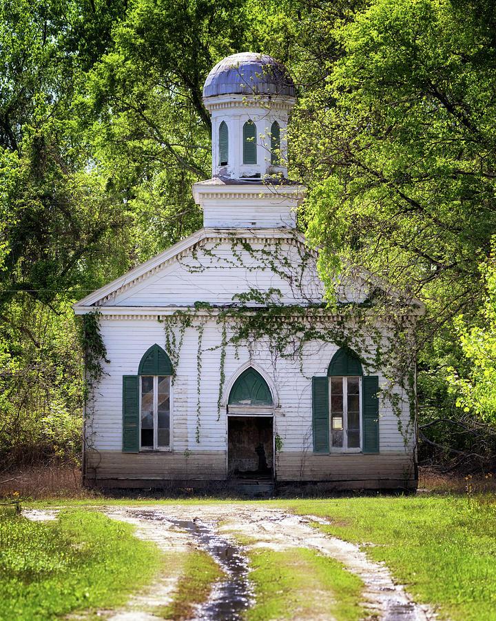 Mt Zion Baptist Church by Susan Rissi Tregoning