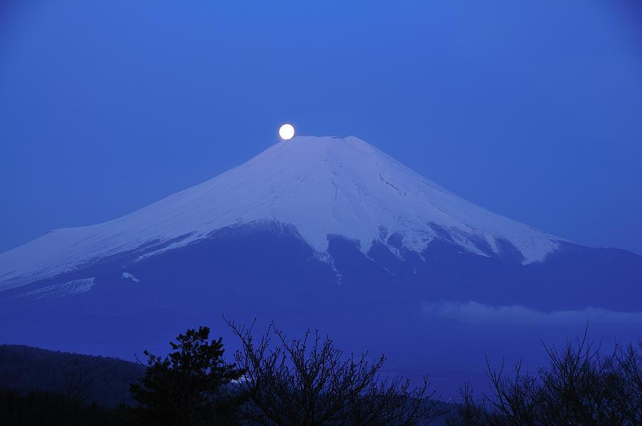 Mt.fuji And Moon Kiss Photograph by Takeshi.k