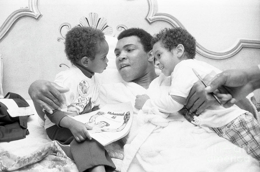 Muhammed Ali With Dave Chappelle Photograph by Bettmann