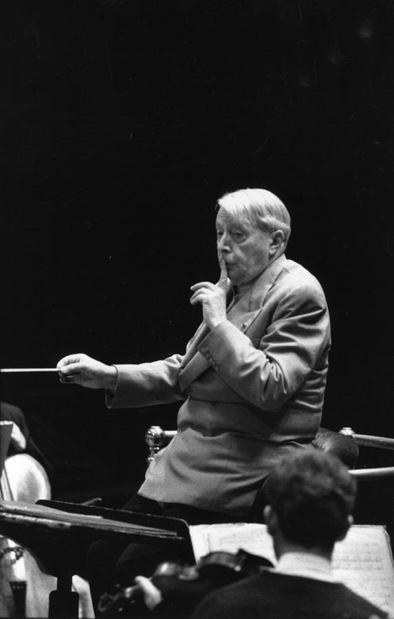 Munch In Rehearsal Photograph by Erich Auerbach