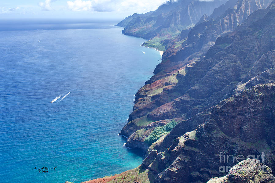 Na Pali Coast Northeast by Gary F Richards