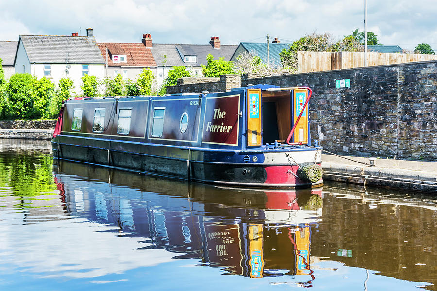 Narrow Boat The Farrier by Steve Purnell