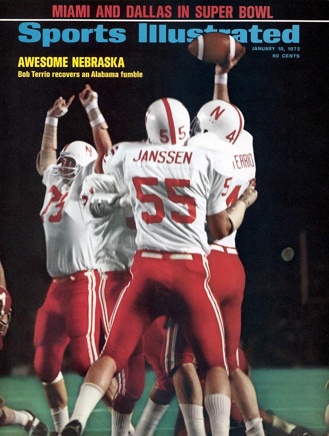 Nebraska Bob Terrio, 1972 Orange Bowl Sports Illustrated Cover Photograph by Sports Illustrated