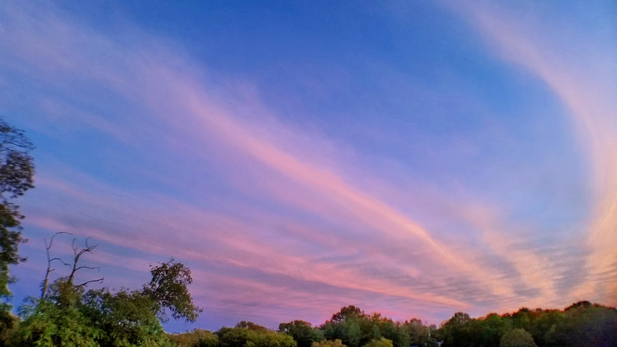 Nestor Cirrus Sunset by Ally White