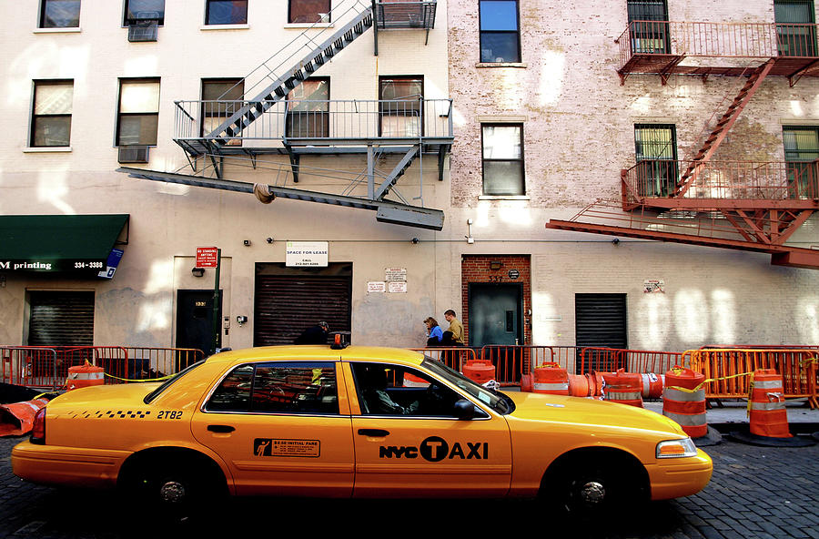 New York, Cab by Edward Lee