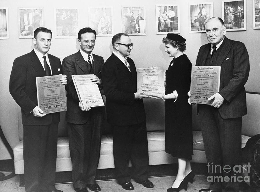 New York Film Critics Awards Photograph by Bettmann
