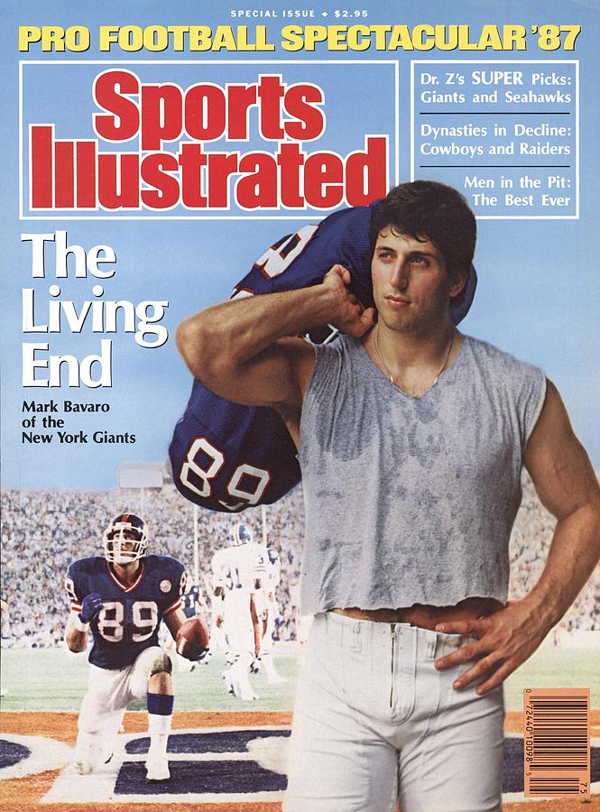 New York Giants Mark Bavaro, 1987 Pro Football Spectacular Sports Illustrated Cover Photograph by Sports Illustrated