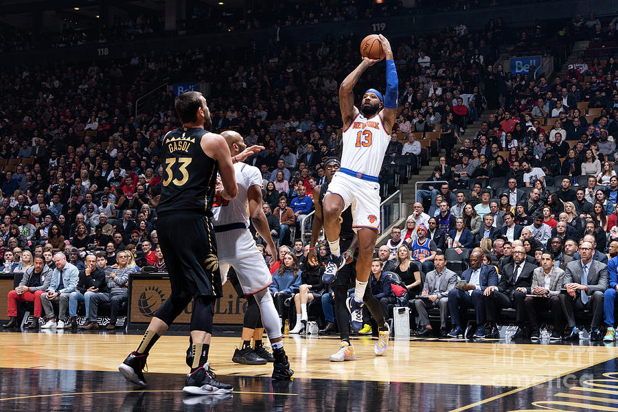 New York Knicks V Toronto Raptors Photograph by Mark Blinch