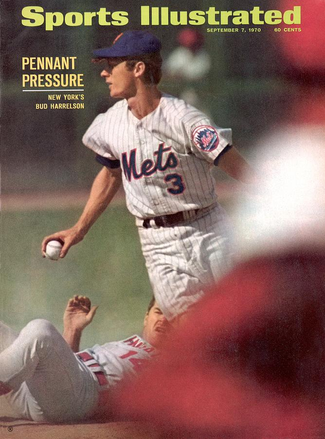 New York Mets Bud Harrelson... Sports Illustrated Cover Photograph by Sports Illustrated