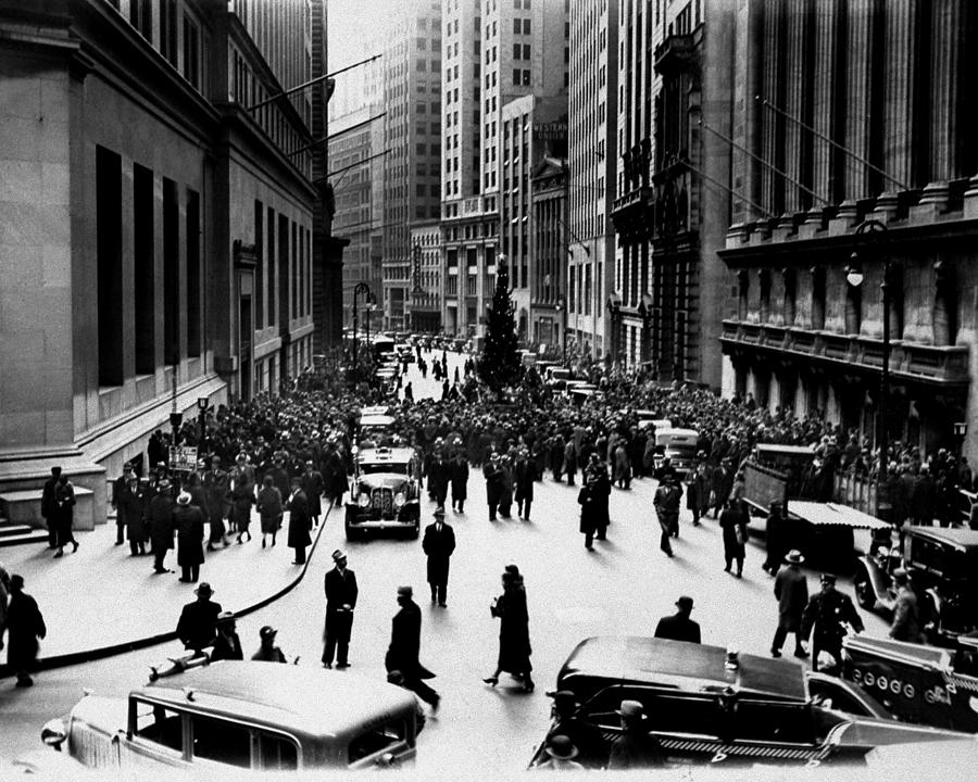 New York Stock Exchange Glee Club Sings Photograph by New York Daily News Archive