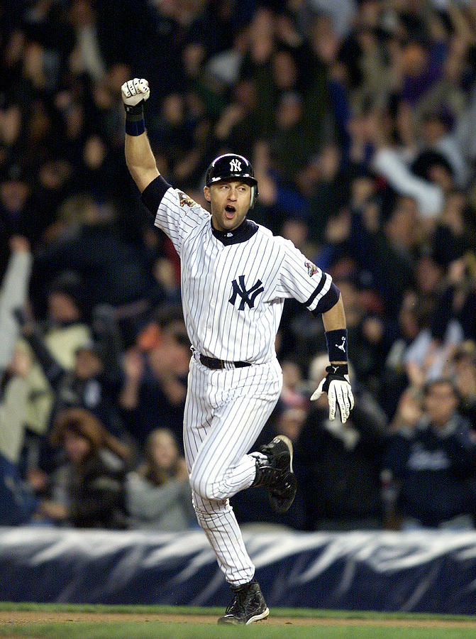 New York Yankees Derek Jeter Celebrates Photograph by New York Daily News Archive