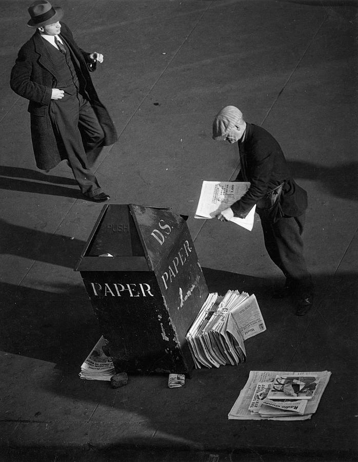 Newspaper Vendor Photograph by The New York Historical Society