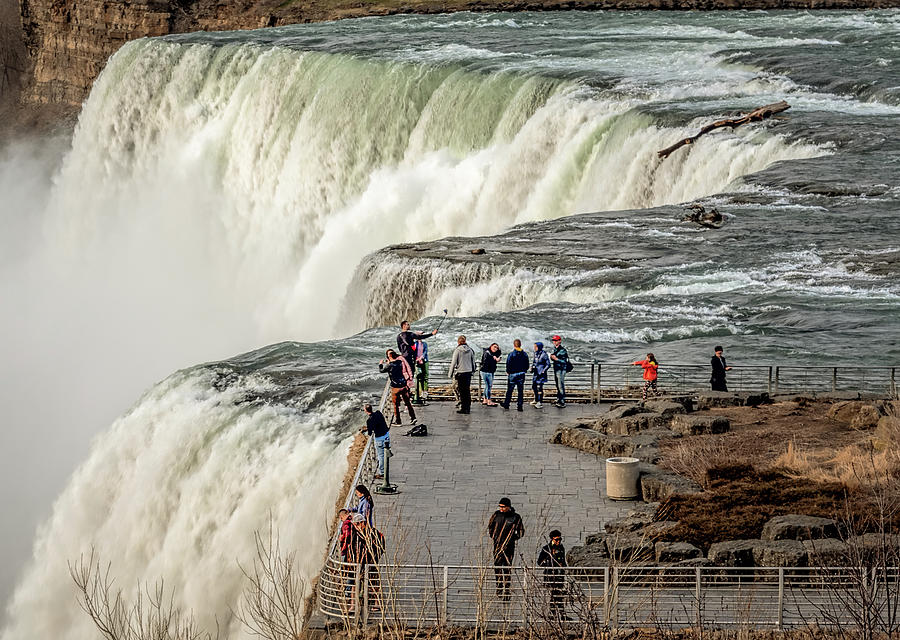 Niagara Up Close by Wes Iversen