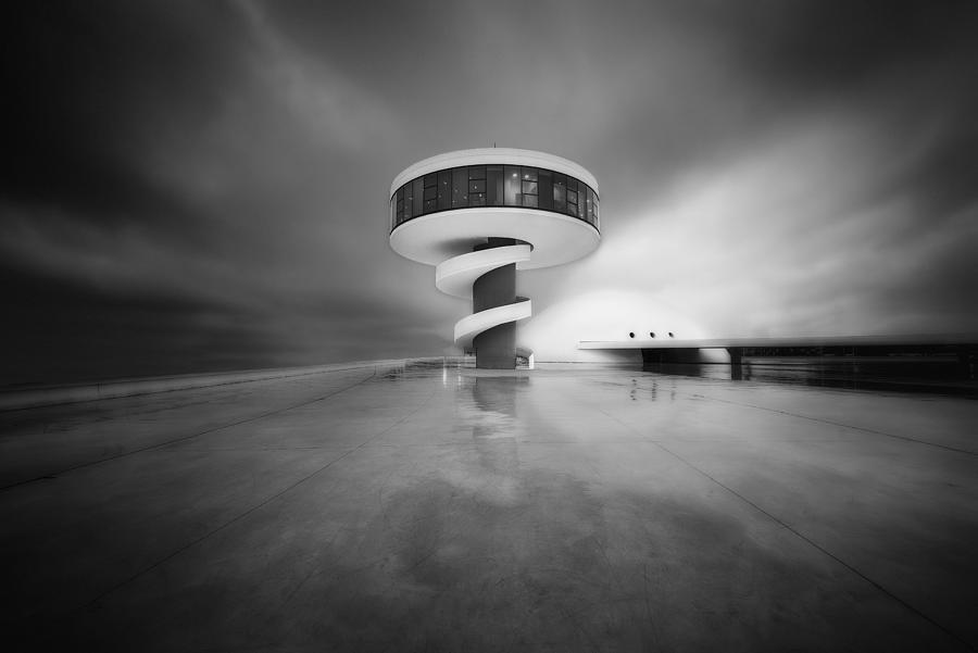 Niemeyer Photograph by Carlos F. Turienzo