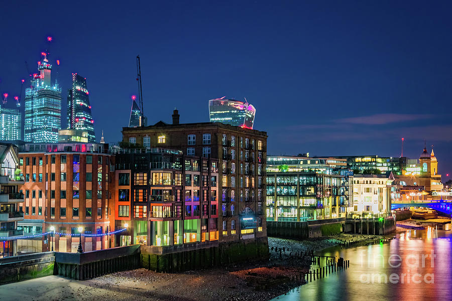 Night at the Thames by Fine Art On Your Wall