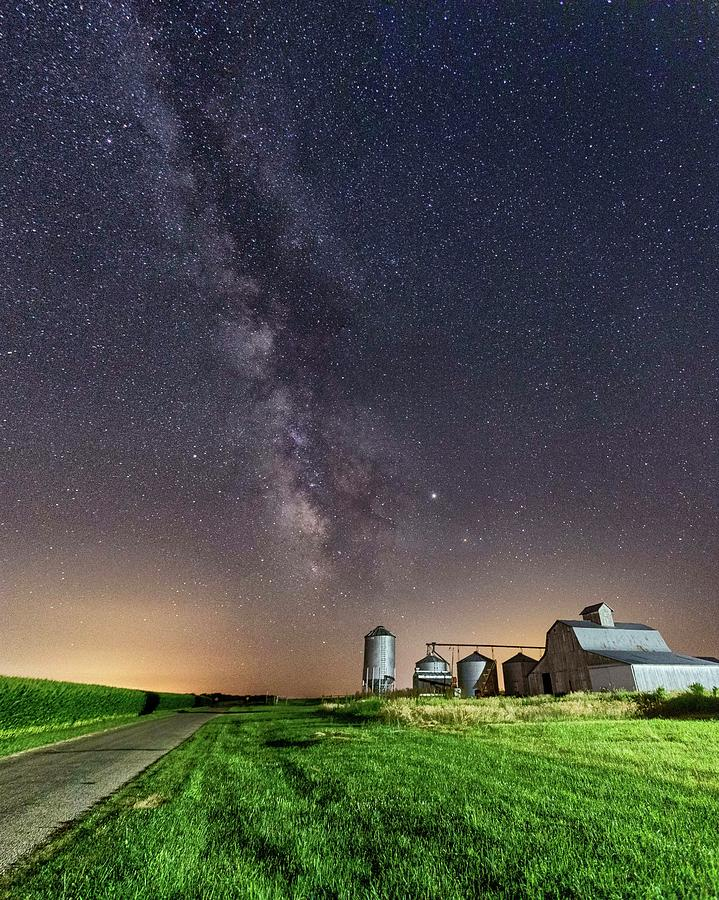 Night in the Midwest by Ray Silva