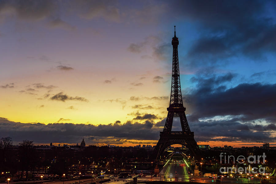 Night to Day over Eiffel tower - Paris by Ulysse Pixel