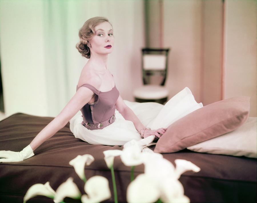 Beauty Photograph - Nina De Voe In Emily Wilkens by Horst P. Horst