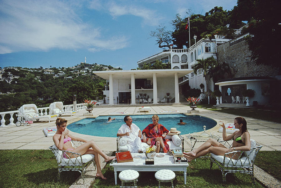 1980-1989 Photograph - Nirvana Quartet by Slim Aarons