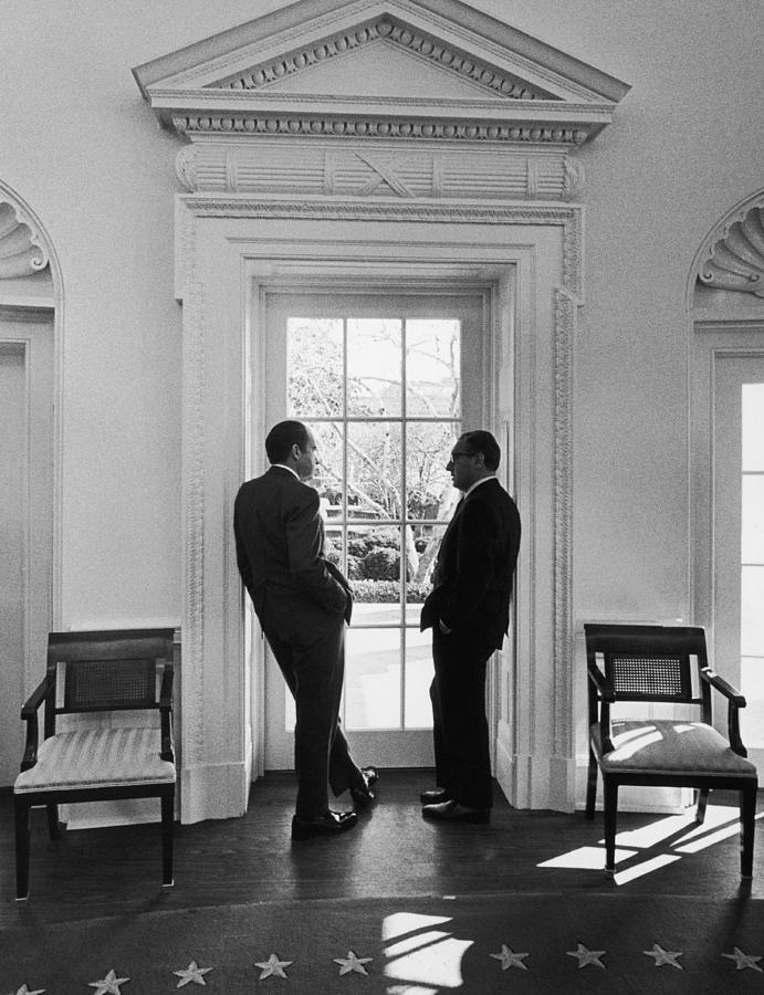 Nixon And Kissinger Photograph by Frederic Lewis