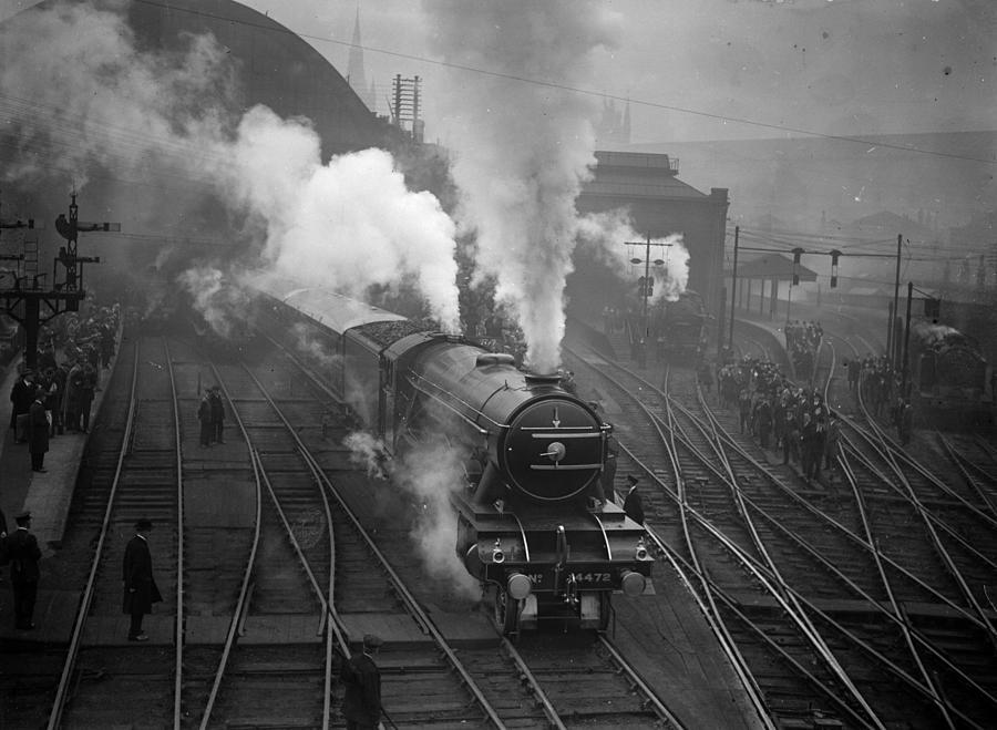 Non-stop Scotsman Photograph by Walter Bellamy