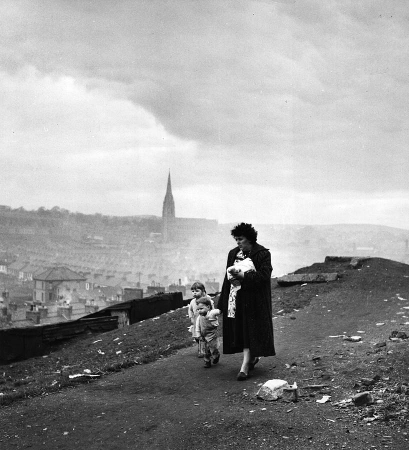 Child Photograph - Northen Ireland by Bert Hardy