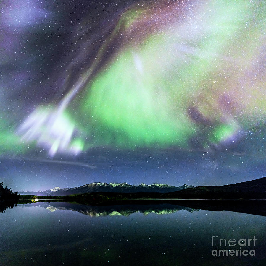 Northern lights over Jasper by Matteo Colombo