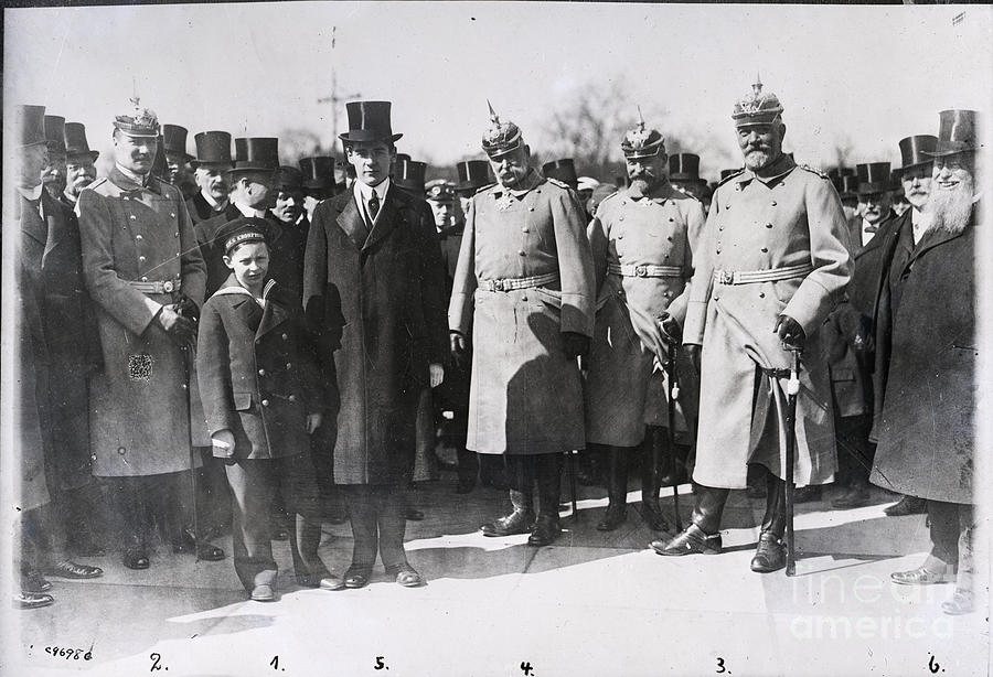 Notables At Bismark Memorial In Germany Photograph by Bettmann