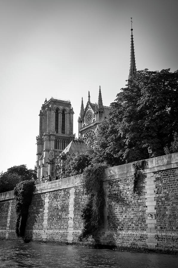 Notre Dame de Paris from the Seine before the fire of 2019 BW by RicardMN Photography