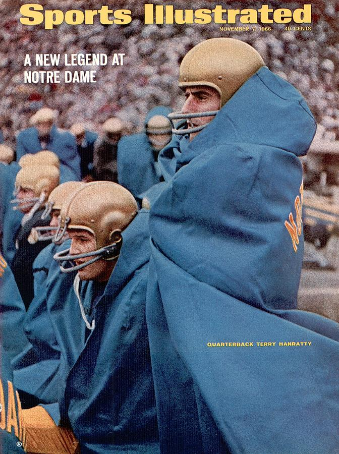 Notre Dame Qb Terry Hanratty... Sports Illustrated Cover Photograph by Sports Illustrated